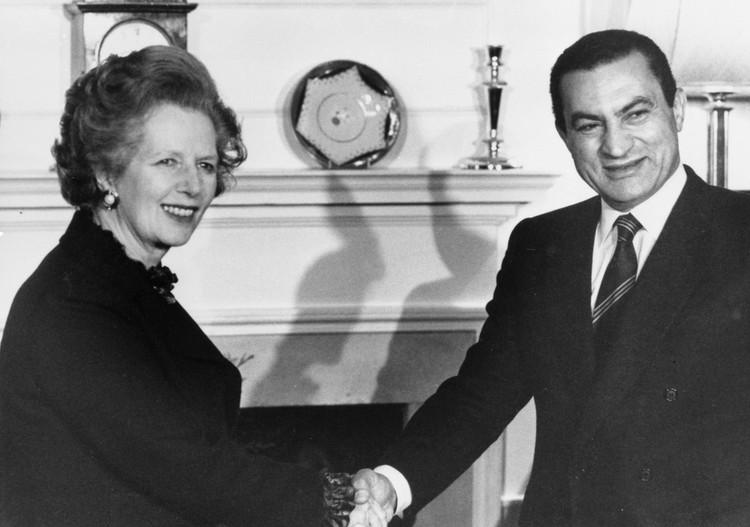 Хосни Мубарак и Маргарет Тэтчер в Лондоне, 1985 год.