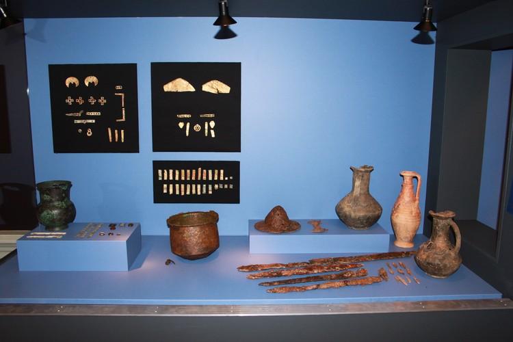 На Суулу-Кая за 10 лет нашли сотни древних артефактов. Фото: Институт археологии Крыма РАН