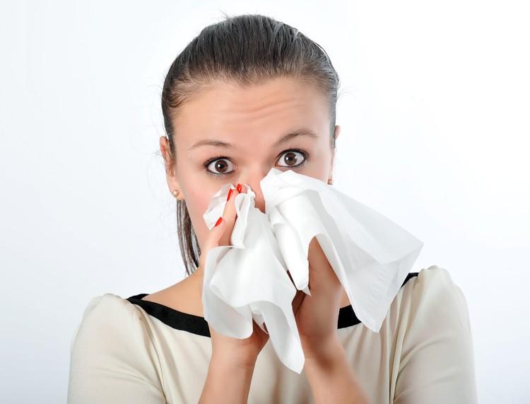 При кашле или чихании используйте одноразовые салфетки.