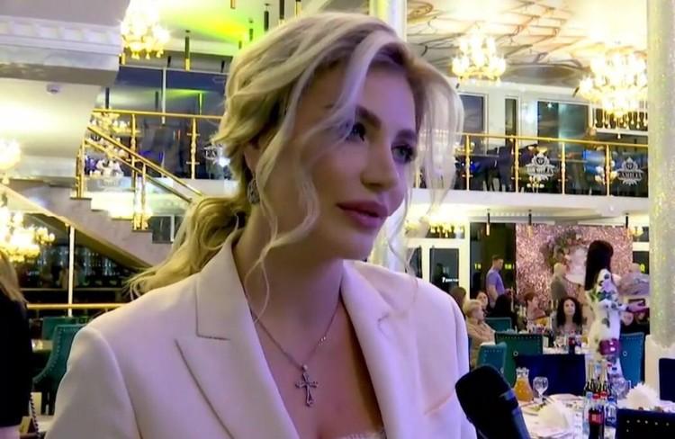 """Супруга мэра Новороссийска рассказала, что и сама участвовала в конкурсах красоты неоднократно. Фото: """"Официальный Новороссийск"""""""