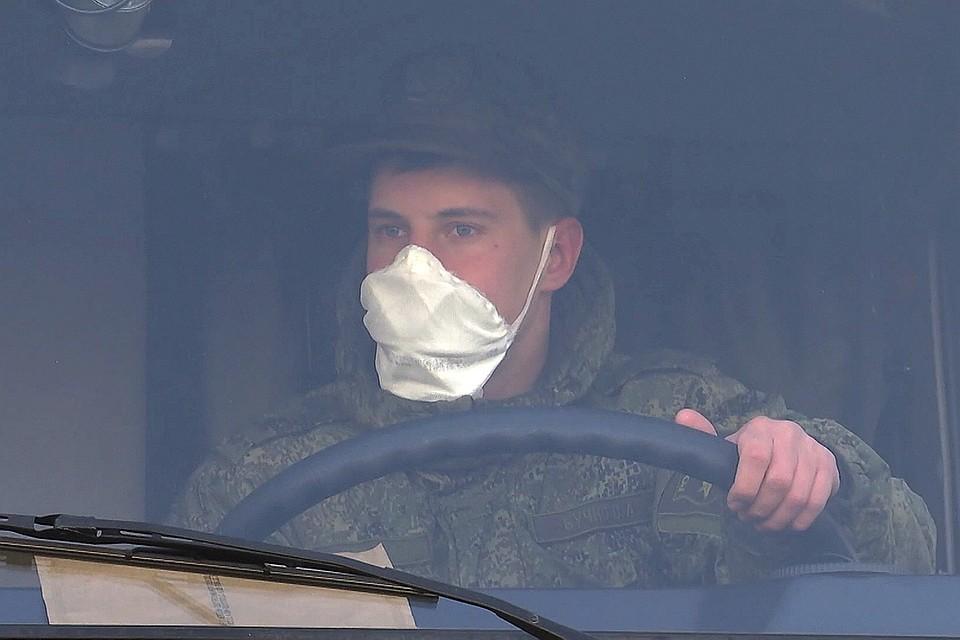 До Бергамо из Рима российские военные медики прошли колонной почти шесть сотен км. Фото: Министерство обороны РФ