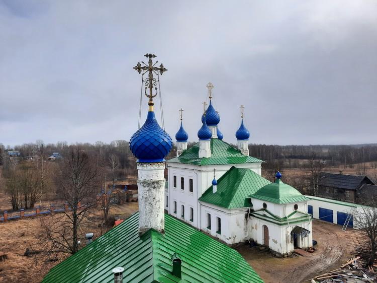 Храм Всемилостивого Спаса в селе Васильевское