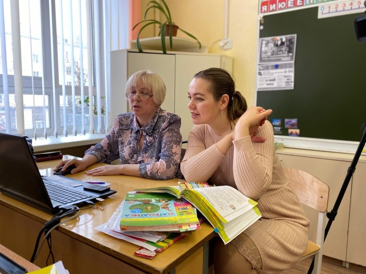 Сейчас лицеисты используют порталы «Учи.ру», «Яндекс.Лицей», а младшие классы – «Яндекс.Учебник». Фото: Людмила Куликова