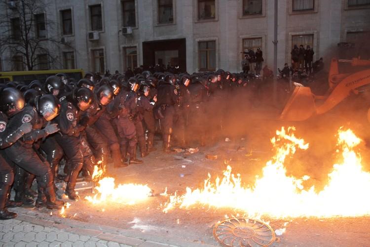 Экс-прокурор Украины заявил, что 99% людей на Майдане были щитом — то есть их использовали втемную