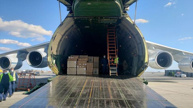 Борт авиаотряда президента России привез в США гуманитарку. Фото – постпредство РФ при ООН