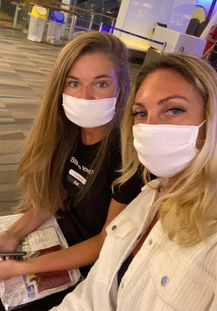 Карина и Катя подруги. Вместе еще в начале марта отправились отдыхать в солнечный Тайланд