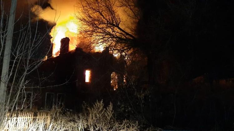 27 марта. Пожар в доме 5 по улице Конезаводской.