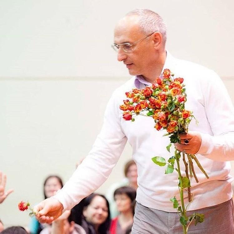 Цены на пряность в сотни раз задрал конкретный человек - Шриман Аударья Дхама прабху, в миру Олег Торсунов.