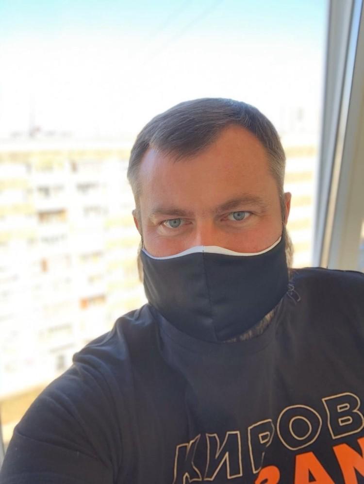Фото: Сергей Буторин решает большую часть задач дистанционно