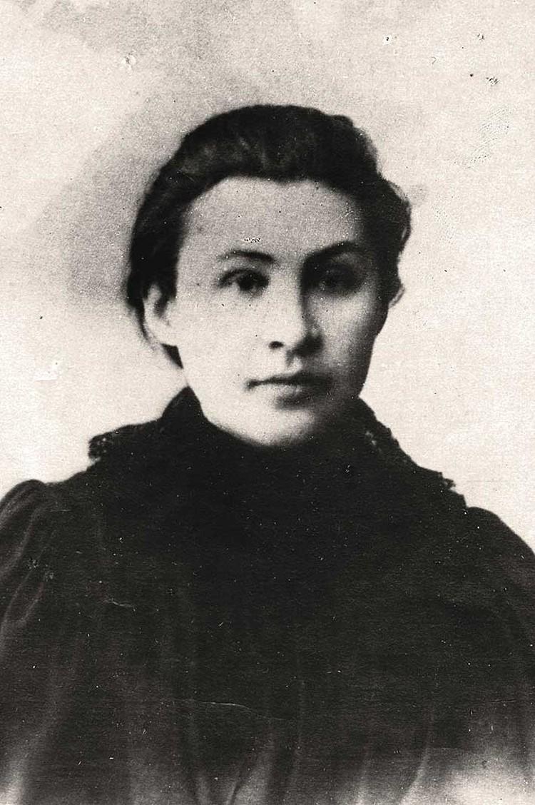 Одна из трёх «революционных муз» Ленина: курсистка Якубова, не поехавшая за ним в ссылку.