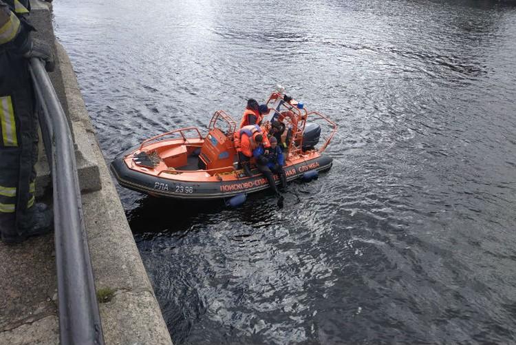 Спасатели направились на место, чтобы найти машину / Фото: МЧС