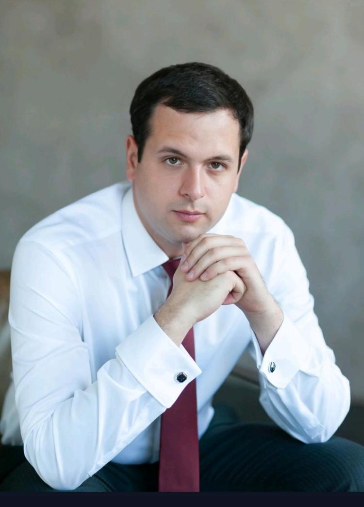 Михаил Дирацуян.