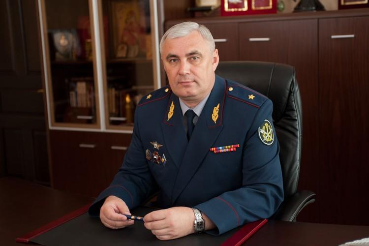 Валерий Усачев
