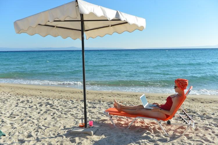 Побережье Греции готово встретить отдыхающих