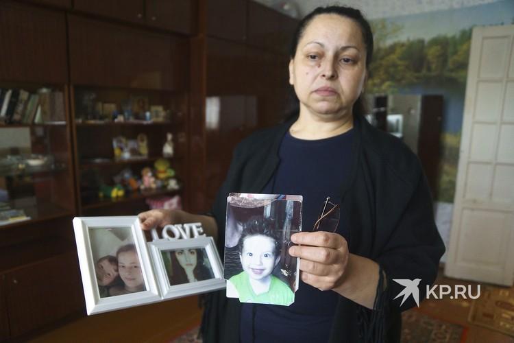 Фотография сына Егора была с ней каждый день.