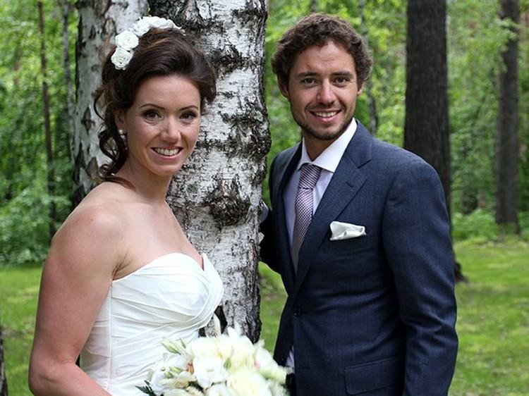 В 2017 году Илья Черноусов женился на швейцарской биатлонистке Селине Гаспарин.