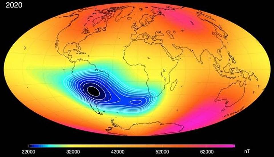 Южно-Атдантическая магнитная аномалия протянулась от Южной Америки дл Африки. От чего возникла, никто не знает.