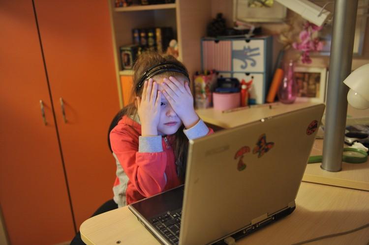 Защитить ребенка от сетевых угроз помогут программы родительского контроля.