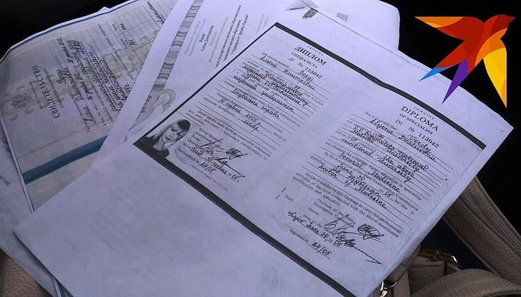 Адвокат Верди уверял, что все дипломы настоящие.