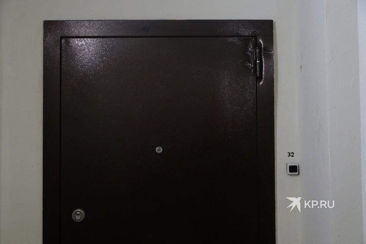 Дверь в квартире Владимира Таушанкова.