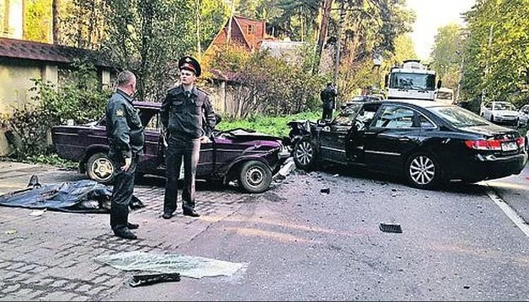 Иномарка, которой управлял Роман Гармаш, выскочила на встречную и протаранила «Жигули». Водитель «шестерки» погиб на месте.