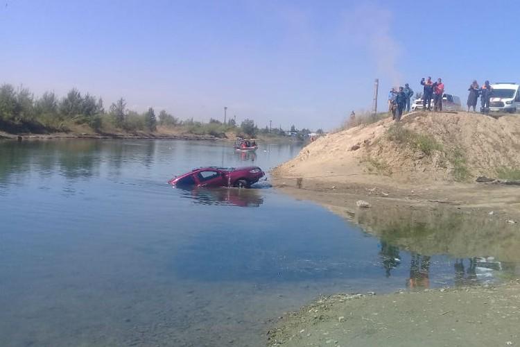 Автомобиль за несколько секунд оказался на дне. Фото: СУ СК России по Забайкальскому краю