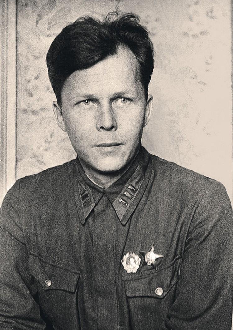 Вдохновение для своих произведений военкор Твардовский черпал в реальных окопах. Фото: Wikimedia Commons