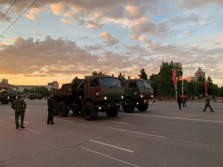 Военная техника проедет по Соборной площади