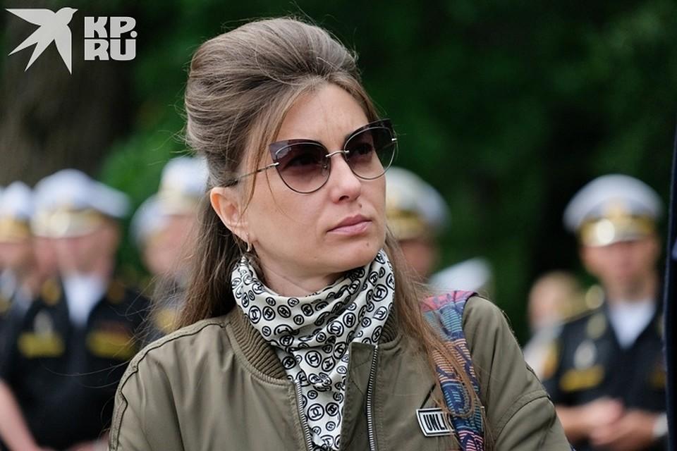 Сестра самого молодого офицера Михаила Дубкова до сих пор не может смириться с тем, что брата больше нет Фото: Артем КИЛЬКИН