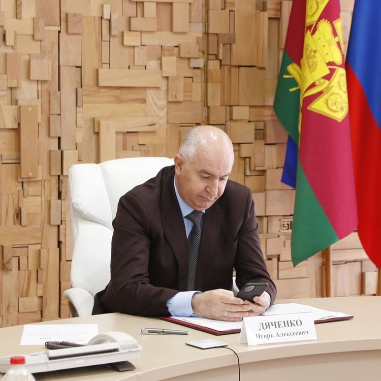 Игорь Дяченко