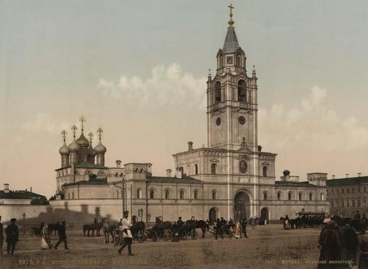 Архивное фото Страстного монастыря.