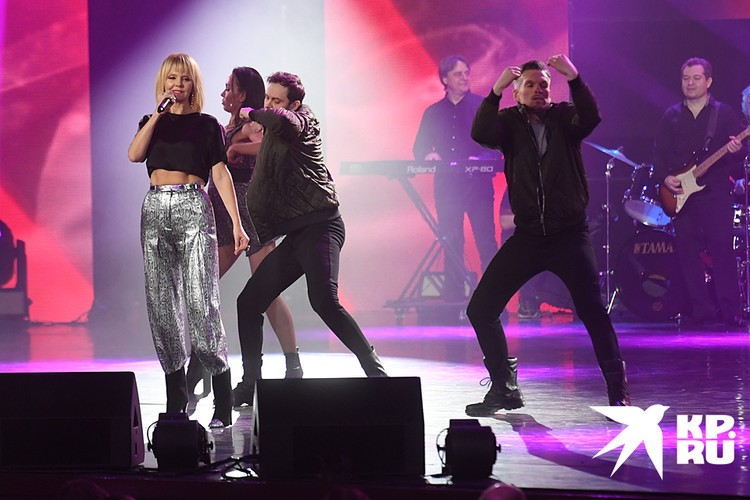 Песня «До предела», которая сейчас рвет музыкальные чарты, не стоила Валерии ни копейки