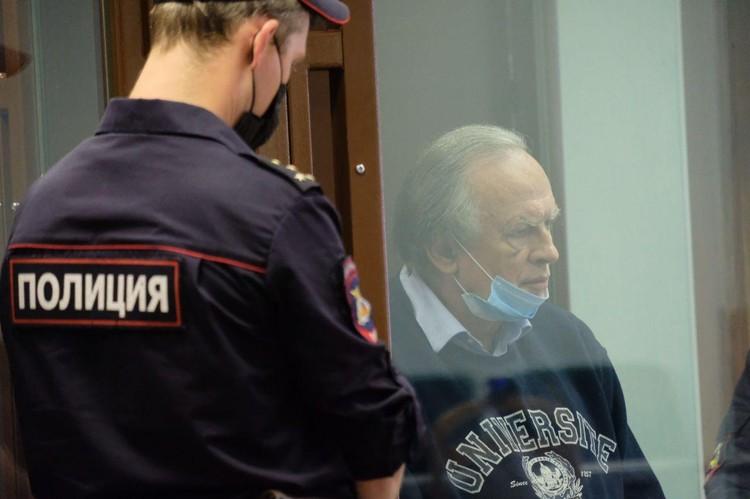 Олег Соклов сам попросил зачитать переписку и дневники Анастасии
