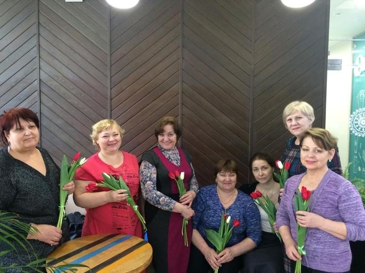 Няня2: Зинаида вместе с коллегами. Фото: предоставлено фондом «Солнечный город»