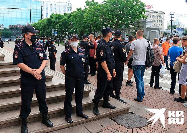 Полиция никого не задерживает.