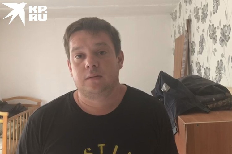 Дмитрий узнал об этом доме, посмотрев видео в интернете. Фото: Анна ТАЖЕЕВА.
