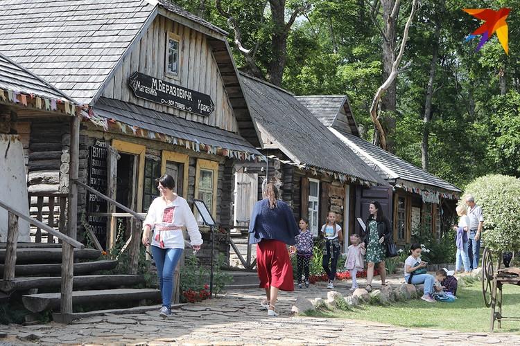 Здесь можно узнать как жили белорусы.