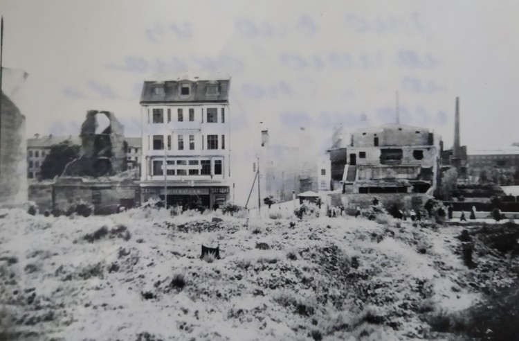 Вид из окна дома №15 на улице Талаха.
