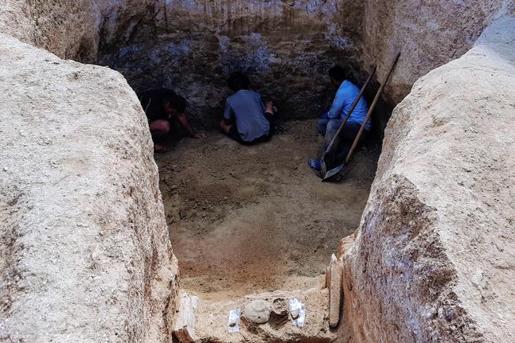 На раскоп одного склепа уходит неделя, а то и две