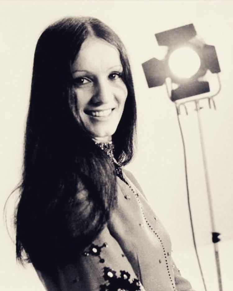 Сорок лет назад София Ротару выглядела как фотомодель.