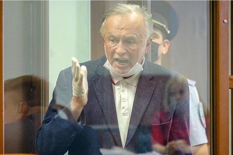 Соколов взрывается каждый раз при упоминании Понасенкова