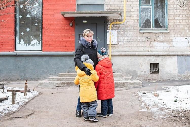 Зимой семье обещали помощь на самом высоком уровне, но проблем после этого меньше не стало