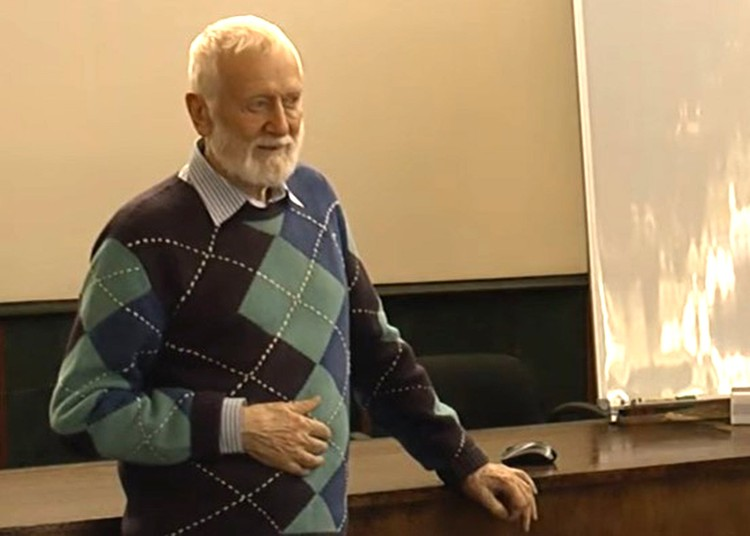 Доктор медицинских наук, вирусолог Анатолий Альтштейн.