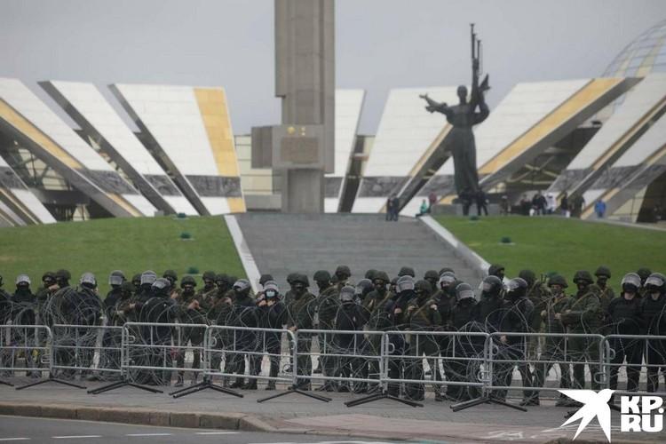 ОМОН в центре Минска