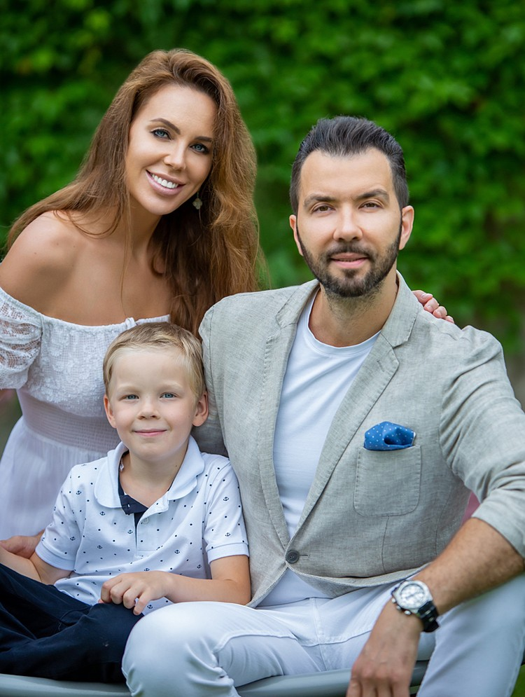 У Дениса и Ирины в этом году сын — первоклашка!