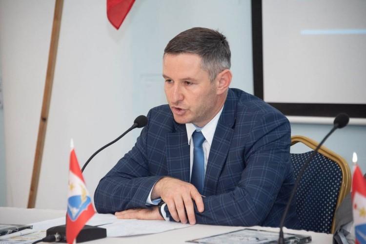 руководитель региональной общественной организации «Объединение крымских татар Севастопольского региона «АК-ЯР» Энвер Мамутдинов.