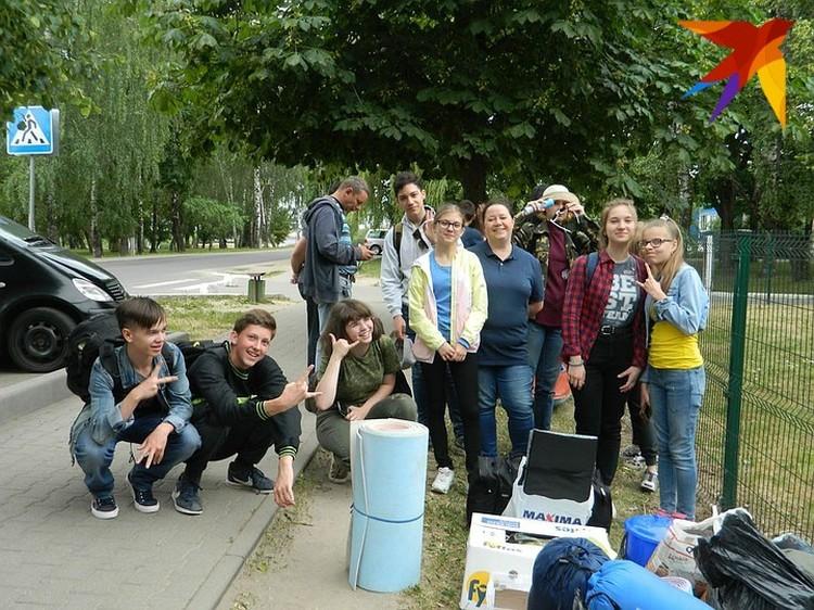 Вместе с учениками и в школу, и в поход. Фото: фейсбук Анны Северинец.