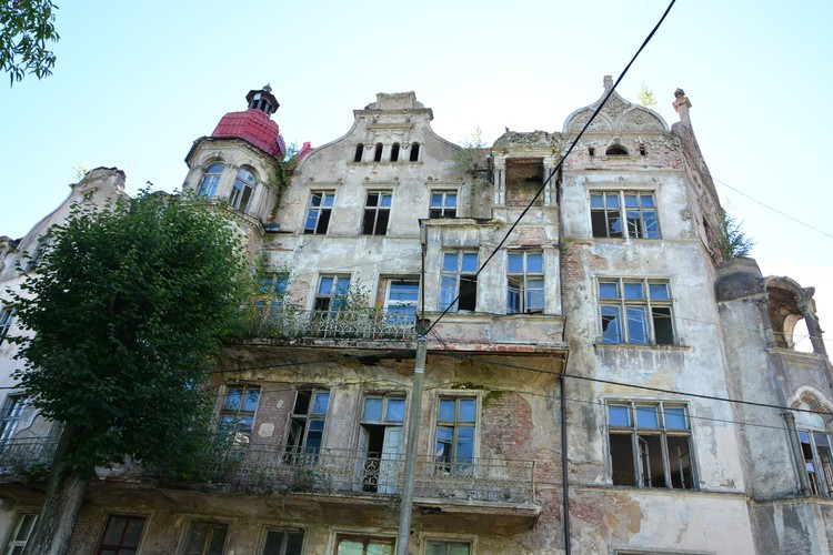 Дом-памятник, в котором родился актер Армин Мюллер-Шталь, продолжает разрушаться.