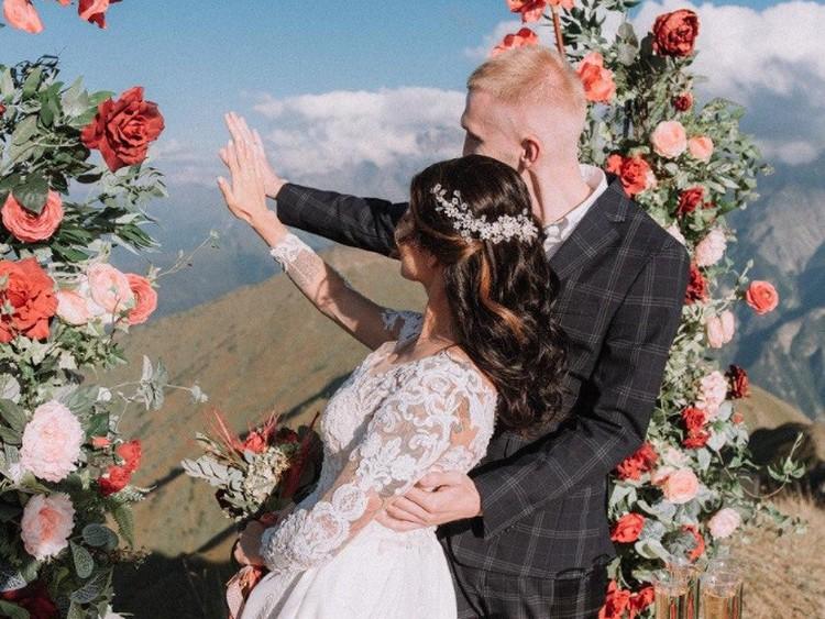 Анастасия и Антон называют свою свадьбу самым потрясающим приключением в жизни