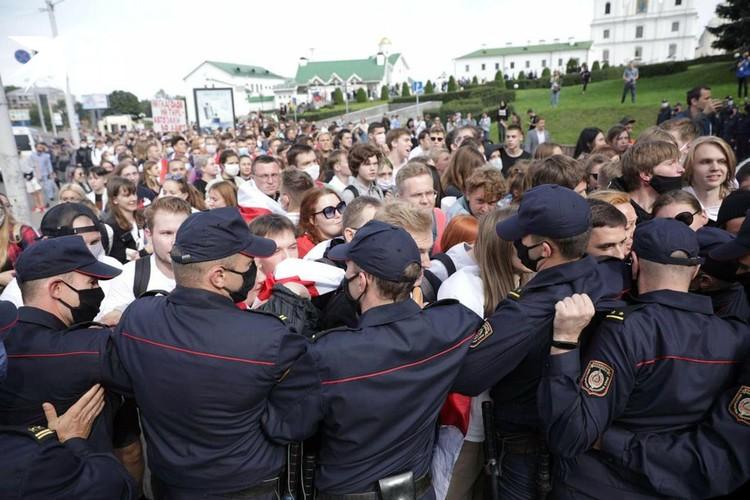 Раскол на улицах в Белоруссии все очевидней